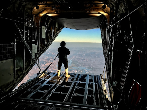 Flying Jennies provide airlift for freefall parachutists