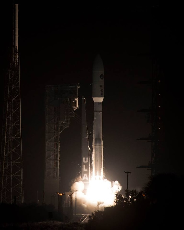 United Launch Alliance's Atlas V AEHF-4 rocket lifts off from the pad October 17, 2018 from Cape Canaveral Air Force Station, Fla. This was the fourth communications satellite in the Advanced Extremely High Frequency (AEHF) series for the U.S. Air Force. (U.S. Air Force photo by Airman 1st Class Dalton Williams)