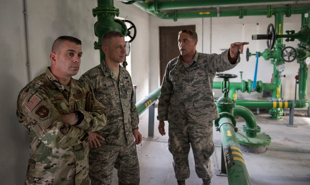 Fueks NCOIC briefs Col. Britt Hurst, 39th ABW commander and Chief Master Sgt. Jason Heilman, 39th ABW command chief.