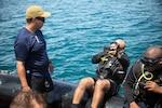 U.S. Navy and Panama National Aeronaval divers train in Panama.