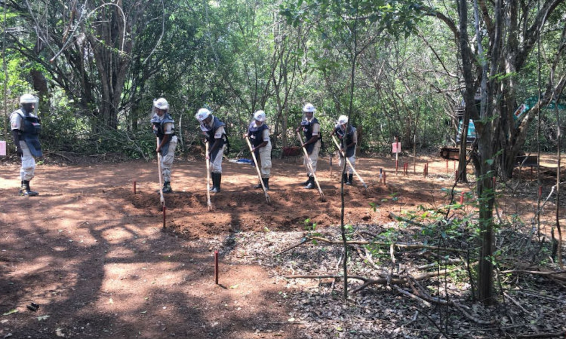 U.S. Department of State Provides 600 Million Sri Lankan Rupees for Mine Clearance
