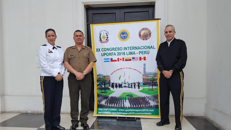 Army Reserve-PR leader shares experiences in Perú