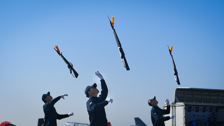 The Republic of Korea Air Force Band performs at the Gyeongnam Sacheon Aerospace Expo at Sacheon Air Base, Republic of Korea, Oct. 25, 2018.