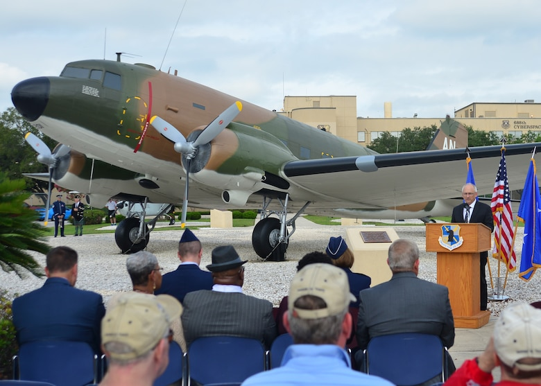 Ted Colquhoun, Freedom Through Vigilance Association president and retired chief master sergeant, speaks to attendees at the Twenty-Fifth Air Force Remembrance Ceremony at Joint Base San Antonio, Lackland, Sept. 28, 2018. This year, San Antonio's mayor declared the date to be Twenty-Fifth Air Force Remembrance Ceremony Day. (U.S. Air Force Photo by Alexx Pons)