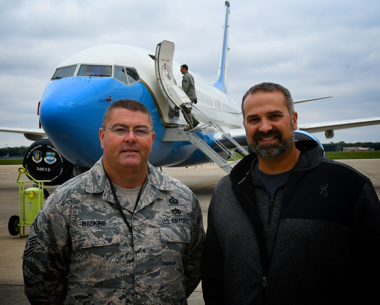 Senior Master Sgt. Todd Wadkins, 932nd Maintenance Group, welcomed his employer and other bosses at the 2018 Boss Day held October 13, 2018 at Scott Air Force Base, Illinois.  Reservists are reminded there are two ways they can recognize a civilian supervisor or employer for his/her support of reservist's military service:  1) The Patriot Award – This award recognizes supervisors and bosses nominated by a Guardsman or Reservist employee for support provided directly to the nominator.  It is all accomplished easily online at this site:  https://www.esgr.mil/Employer-Awards/Patriot-Award/Form  2) Another possible award is the Secretary of Defense Employer Support Freedom Award – This award is the highest recognition given by the U.S. Government to employers for their outstanding support of employees serving in the Guard and Reserve. Each year, Guard and Reserve employees, or a family member acting on their behalf, have the opportunity to nominate their employer for the Employer Support Freedom Award. Nominate your employer during nomination season (October 1-December 31 each year) by logging on to www.FreedomAward.mil and clicking Nominate Employer at the top of the page.  (U.S. Air Force photo by Lt. Col. Stan Paregien)