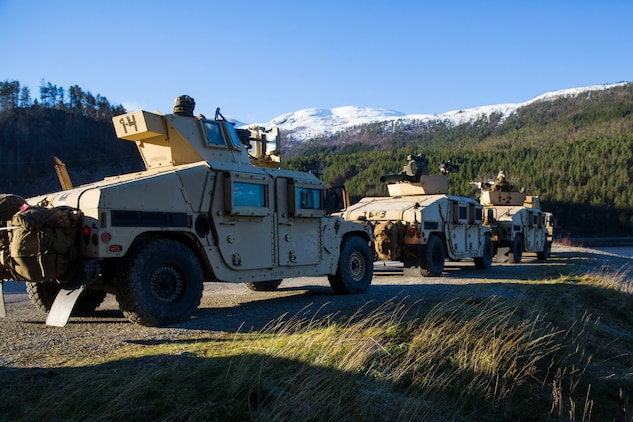 Marines land ashore in Norway for Trident Juncture 18