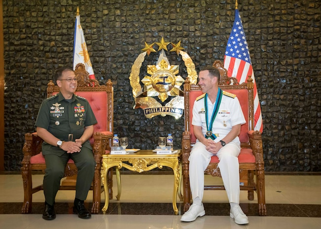 Chief of Naval Operations Visits Philippines, Highlights Importance of U.S.-Philippine Alliance