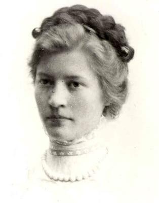 Portrait of Agnes Meyer Driscoll
