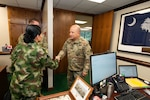 U.S. and Colombian army officials meet.