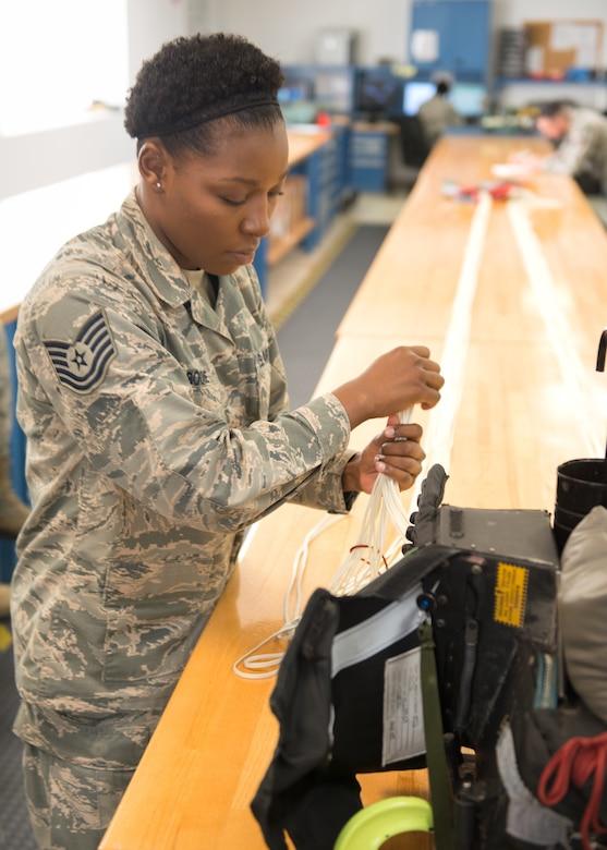 Virginia Air National Guard Airman wins reserve component level award