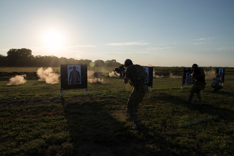 Students fire M4 carbines at targets during a full spectrum operator course, Aug. 29, 2018, at Smoky Hill Air National Guard Range, Kan. The course was held Aug. 26-31, and incorporated specific duties performed by tactical air control party members and security forces personnel to build on their gunfighting skills. (U.S. Air Force photo by Senior Airman Janiqua P. Robinson)