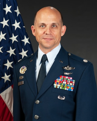 Portrait of Lt. Col. Eric Simon