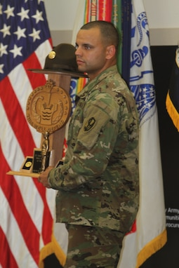 Reserve Soldier wins TRADOC Drill Sergeant of the Year