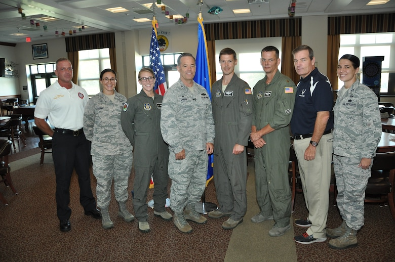 Air Show staff presented with recognition coins