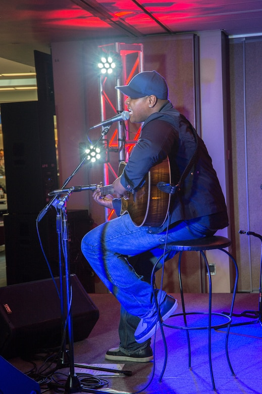 Javier Colon opened the summer with a May concert featuring his acoustic soul style.