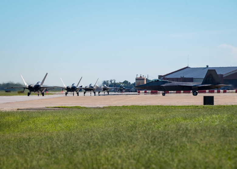 U.S. Air Force F-22 Raptor taxies on the flightline in preparation for hurricane Florence at Joint Base Langley-Eustis, Virginia, Sep. 11, 2018.