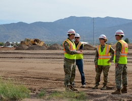 ALBUQUERQUE, N.M. – During her visit to the District, South Pacific Division commander Col. (P) Kimberly Colloton, center, toured the construction site of the National Nuclear Security Administration's Albuquerque Complex, Aug. 30, 2018. (l-r): Capt. Brian Williams, project engineer; Kevin Vigil, project engineer; Col. Kimberly Colloton; Lt. Col. Larry Caswell, District commander.