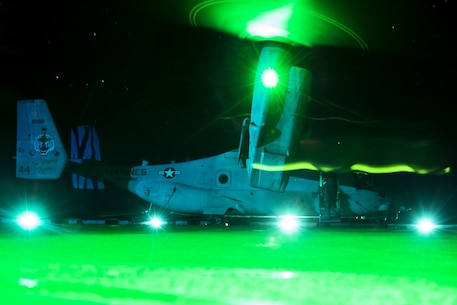 An MV-22B Osprey tiltrotor aircraft belonging to Marine Medium Tiltrotor Squadron 262 (Reinforced) idles atop the fight deck after landing aboard the amphibious assault ship USS Wasp (LHD 1), off the coast of Okinawa, Japan, Aug. 29, 2018.