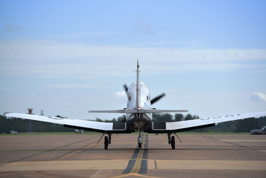 A T-6A Texan II assigned with the 37th Flying Training Squadron taxies on the flight line Sept. 5, 2018, on Columbus Air Force Base, Mississippi. Once student pilots complete their academic phase, they can advance to the 37th FTS, which is one of two active-duty T-6 squadrons at Columbus AFB, to conduct their initial flight training.  (U.S. Air Force photo by Airman 1st Class Keith Holcomb)