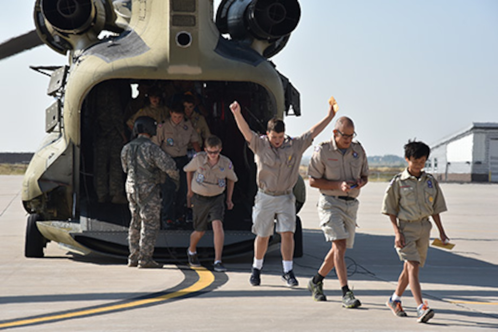 Colorado National Guard takes scouts to new heights at the Army Aviation Support Facility, Buckley Air Force Base, Aurora, Colo., July 30, 2016. (U.S. Army National Guard photo by Staff Sgt. Manda Walters/released).