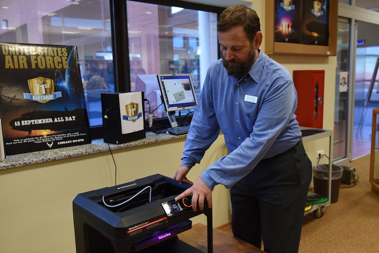 Thomas Lynch, 39th Force Support Squadron supervisory librarian, demonstrates the capabilities of a MakerBot Replicator 3-D printer at Incirlik Air Base, Turkey, Sept. 18, 2018.