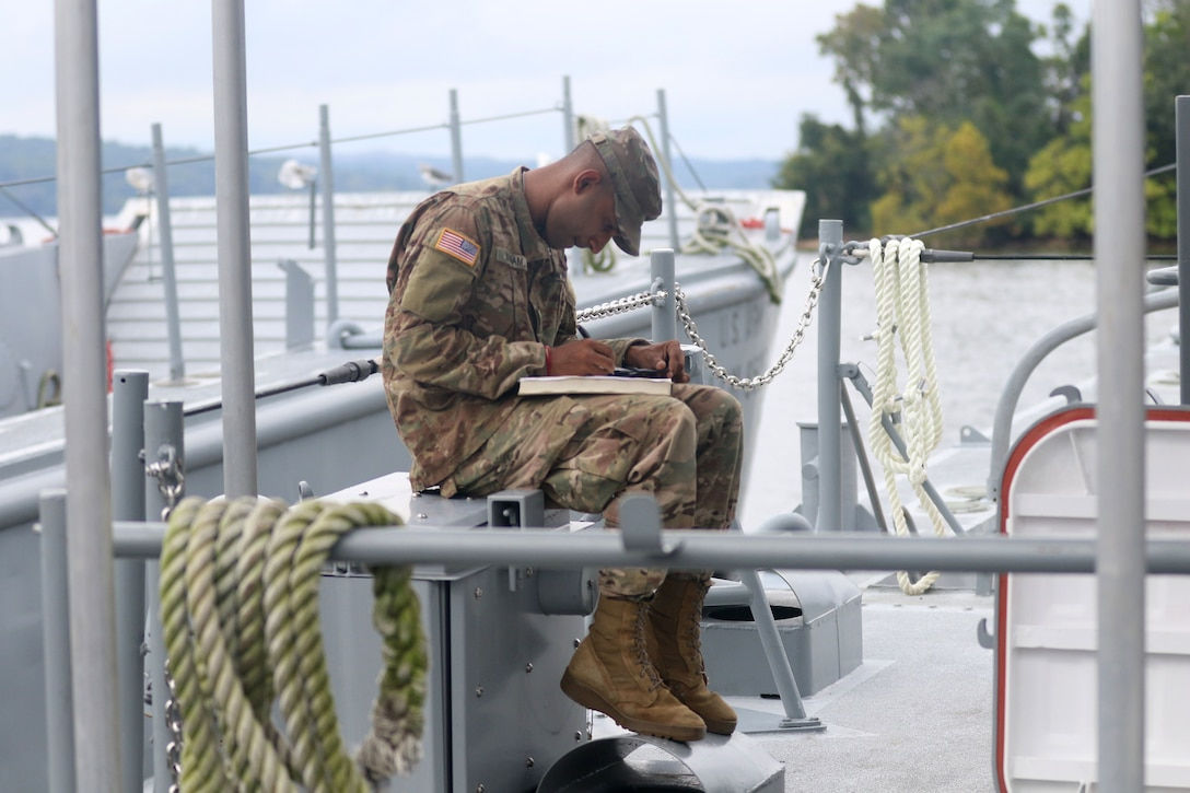 Army Reserve LCM boat unit prepares for Hurricane Florence relief