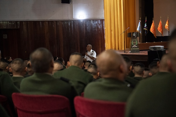 Sgt. Maj. Boris Bolaños, senior enlisted advisor to the Center for the Army Profession and Ethic, speaks to a crowd of Peruvian Army soldiers Sept. 10, 2018 in Lima, Peru.