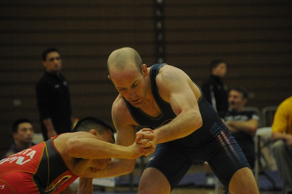 World-class wrestlers take it to the mat > CO National Guard