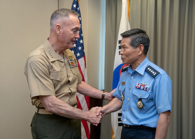 Marine Corps Gen. Joe Dunford, chairman of the Joint Chiefs of Staff, meets with Republic of Korea Air Force Gen. Jeong Kyeongdoo, ROK chairman of the Joint Chiefs of Staff, and Japan Navy Adm. Katsutoshi Kawano, Japan Self-Defense Force chairman of the Joint Chiefs of Staff, for a trilateral meeting at the U.S. Pacific Command Headquarters May 29, 2018.