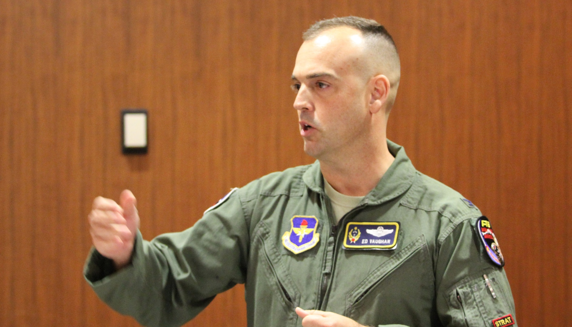 """Colorado Air National Guard Col. Edward Vaughan, co-founder of the Guard and Reserve Network, or GARNET, delivers his pitch to the judges Jan. 23, 2013, in a series of 60-second """"elevator pitches."""" GARNET sponsored this first-ever Air University Pitch-Fest, held at the Air War College. Military members and veterans received constructive feedback after pitching their big idea, their qualifications for their next job or any other topic they chose. (U.S. Air Force photo by Scot Talcot/RELEASED"""