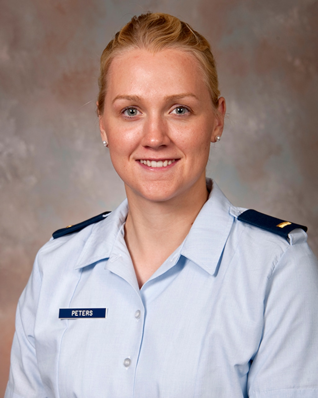 Air Force 2nd Lt. Sidney Peters, who just began her studies as a first-year medical student at the Uniformed Services University of the Health Sciences in Bethesda, Md., has been named as one of the NCAA's Top 30 Woman of the Year honorees. Uniformed Services University of the Health Sciences photo by Tom Balfour