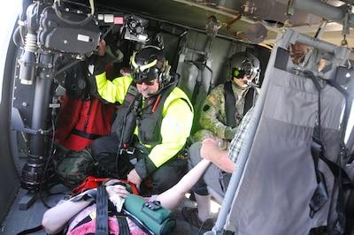 Pennsylvania Guard rescues two South Carolina flood victims