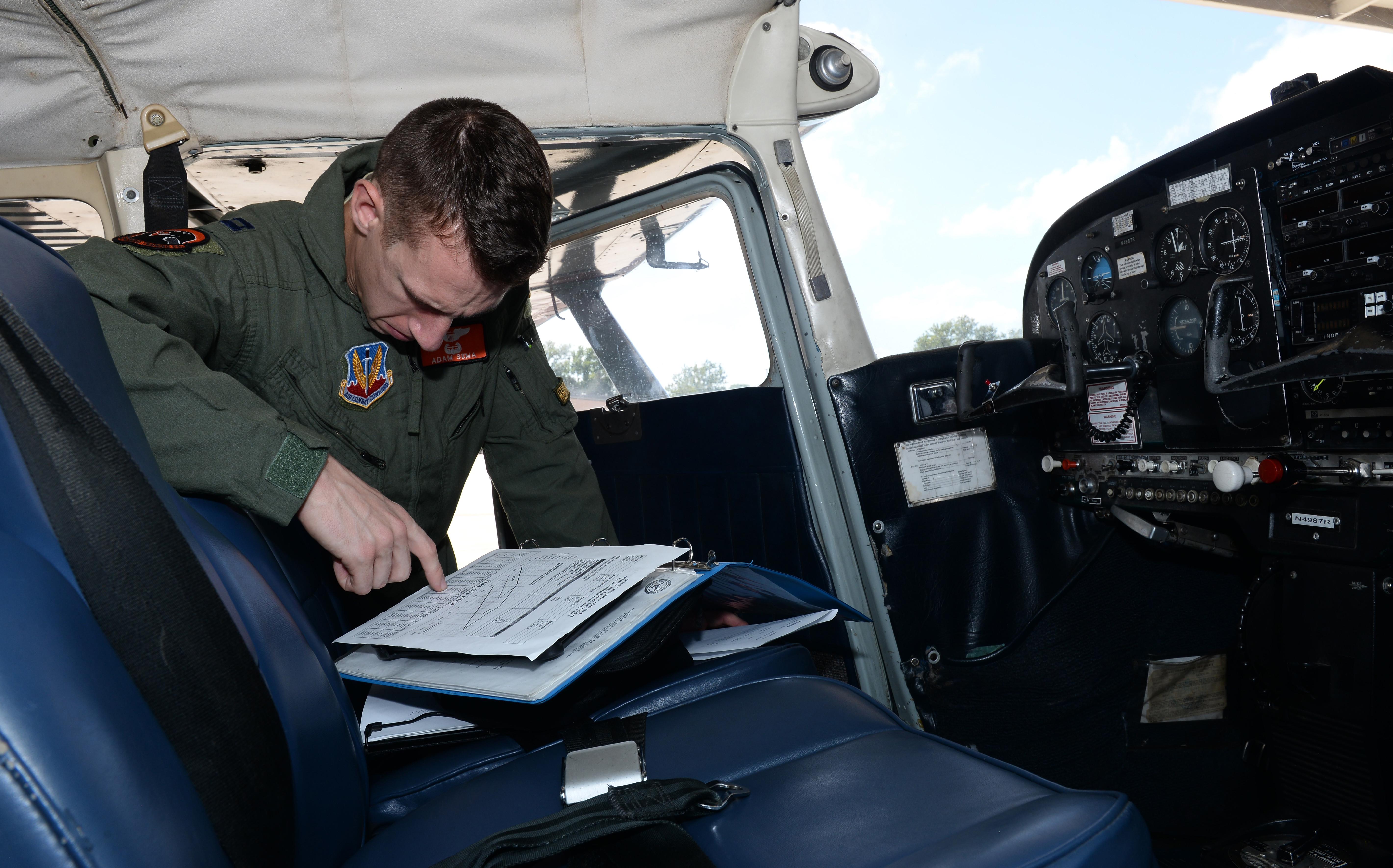 LeMay Aero Club offers flight lessons to Team Offutt > Offutt Air