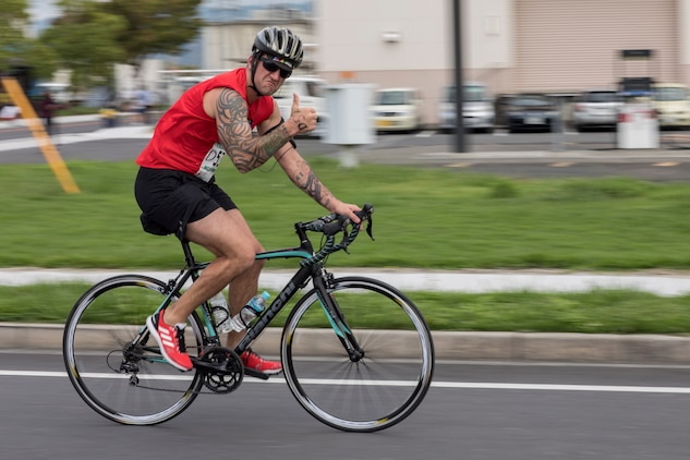 MCAS Iwakuni builds bonds through swimming, bicycling, running