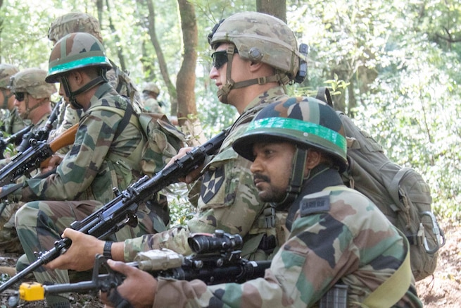 US Soldiers train with Indian counterparts on IED and room clearing tactics
