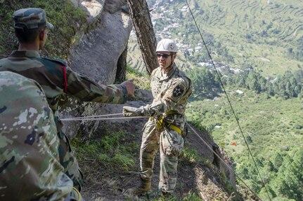 Bayonet Soldiers hone mountaineering skills in India