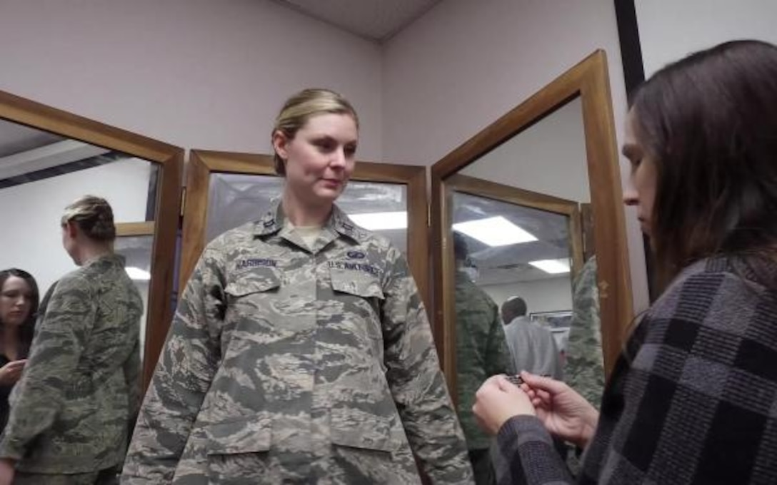 DLA provides maternity uniforms that help airmen 'fit in' while 'sticking out'