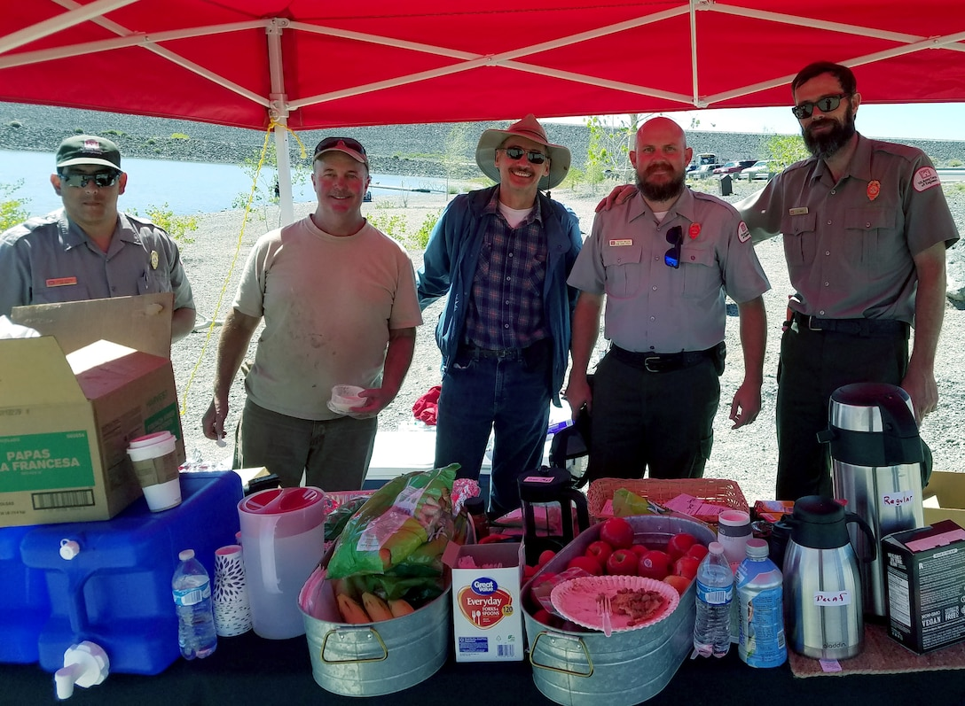 COCHITI LAKE, N.M. -- (l-r): Jacob Segura, park ranger; Derrick Dunlap, chief, Lakes and Assets Branch; Mark Yuska, chief, Operations Division; Trevor Wallin, lead park ranger; Nicholas Parks, park ranger; National Public Lands Day, Sept. 22, 2018.