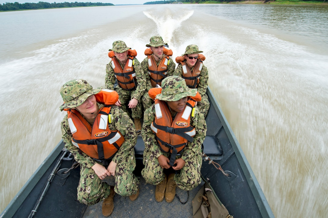 A team of five Navy doctors travel to a remote village along the Amazon River.