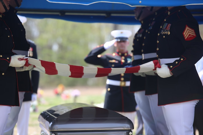 Marines with Marine Barracks Washington D.C., support a full honors funeral for retired Marine Lt. Col. Howard V. Lee, Medal of Honor recipient, at Colonial Grove Memorial Park, Virginia Beach, Virginia, March 30, 2019. Lee received the Medal of Honor for his actions during the Vietnam War in August 1966.