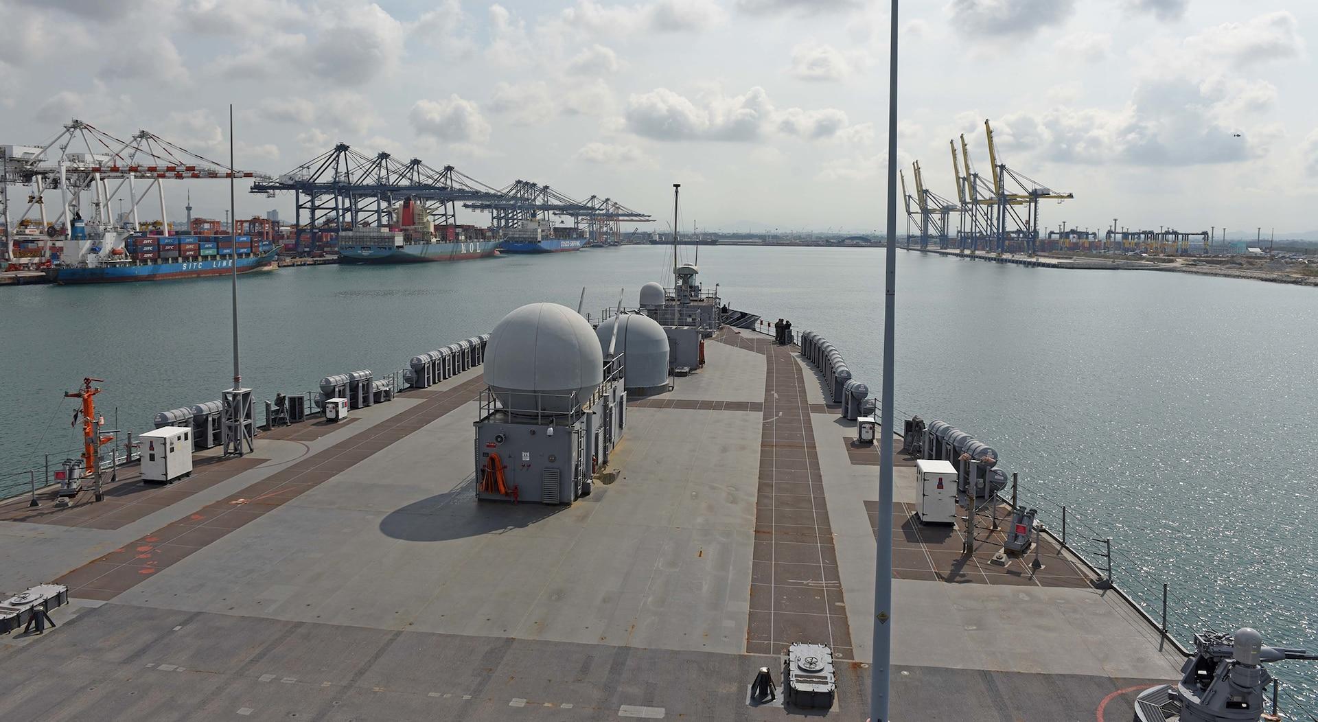 7th Fleet Flagship USS Blue Ridge Strengthens Alliance in Thailand