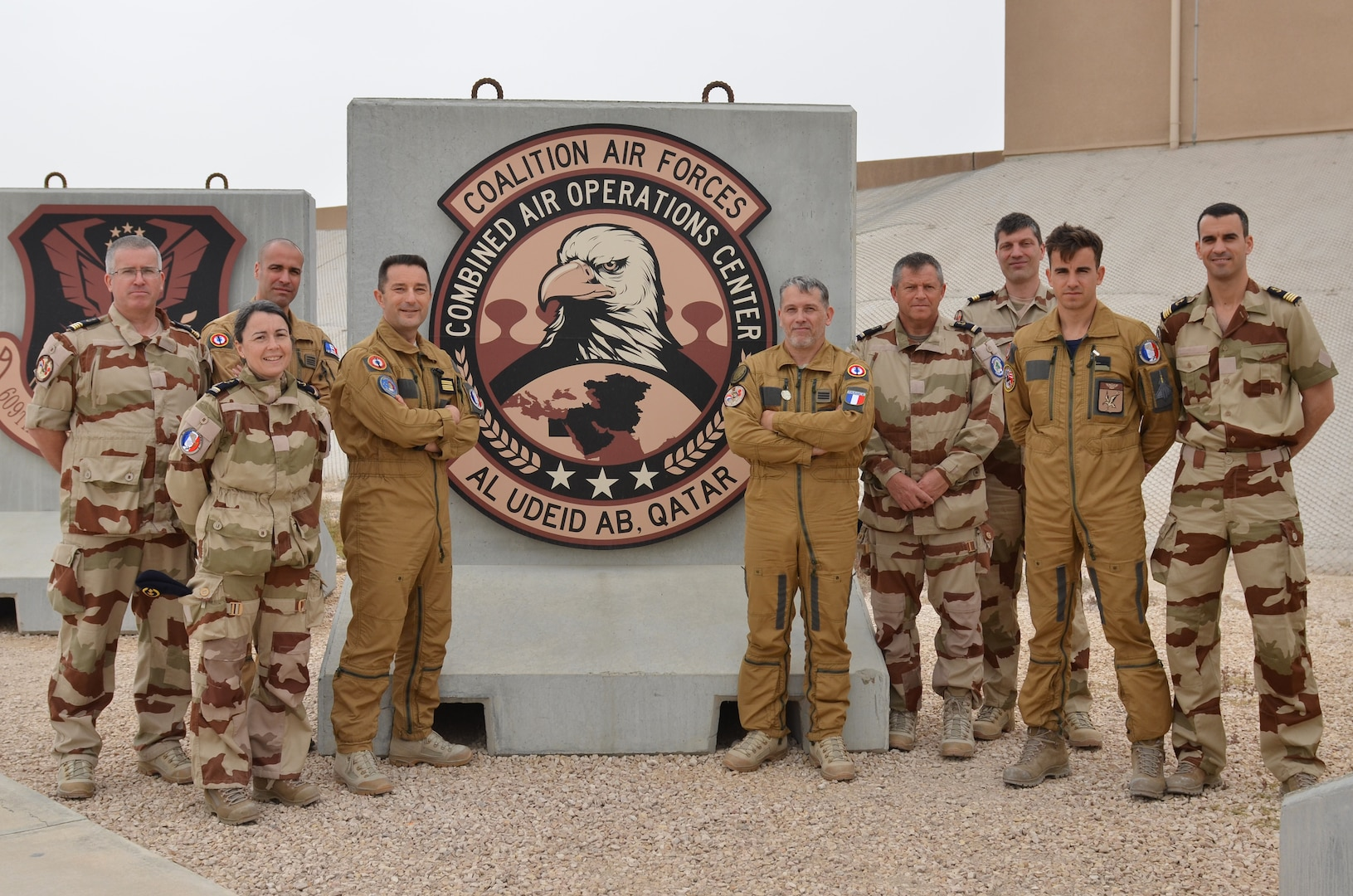 The French detachment at the Combined Air Operations Center (CAOC) in Al Udeid Airforce Base, Qatar, has been recently reinforced by a significant French Navy backups supporting Operation Inherent Resolve.