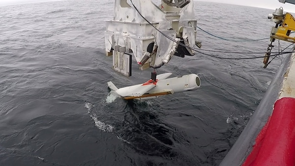 The AN/AQS-20C Towed Mine-hunting Sonar is streamed into Gulf of Mexico waters of the Naval Surface Warfare Center Panama City Division Gulf test range. Developmental Testing was completed on Feb. 12, 2019.