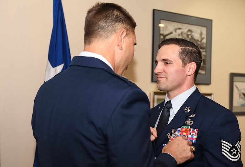 Special Tactics TACP awarded Silver Star Medal for Afghan ambush