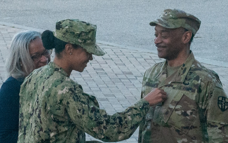 Incoming ARMEDCOM commander receives second star