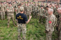 Sgt. 1st Class Edwin Del Valle briefs teams just before the first event of the 2019 Best Sapper Competition, April 8, 2019, at Fort Leonard Wood.