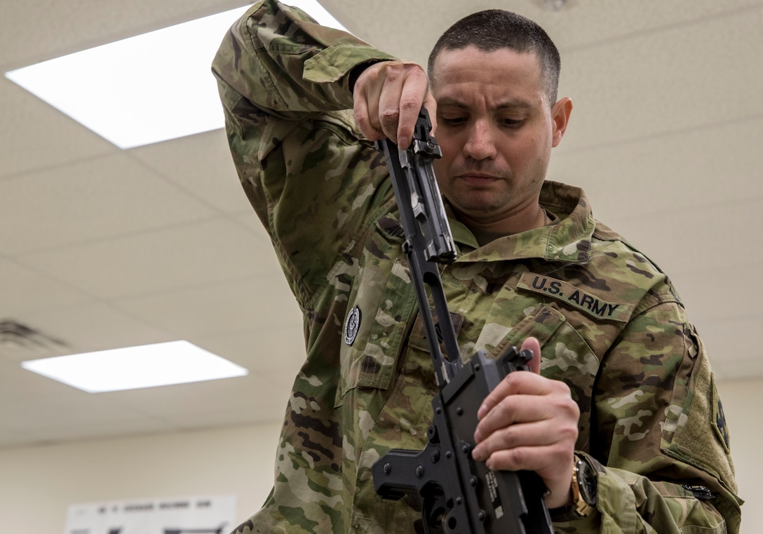 Hands-on training at Operation Cold Steel III
