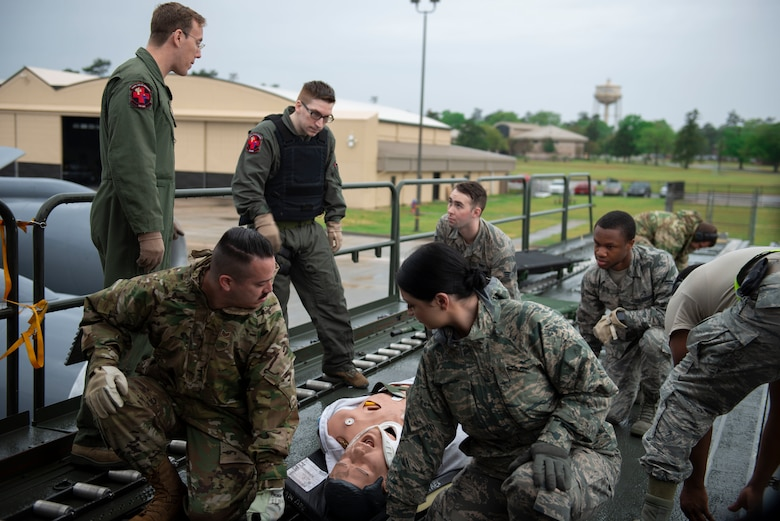 U.S. Air Force Airmen assigned to the 20th Medical Group (MDG) receive training on how to carry a simulated patient at Shaw Air Force Base, S.C., April 9, 2019.