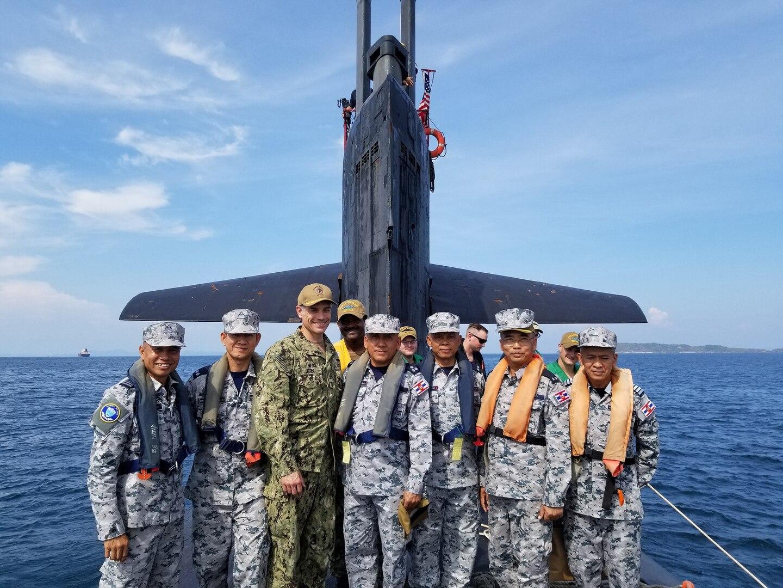 U.S. Navy Submarine Hosts Royal Thai Navy Dignitaries During Exercise Guardian Sea