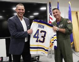Niagara Airmen receive visit from former NHL player